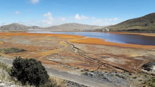 See unterhalb der Abraumhalden bei Cerro de Pasco