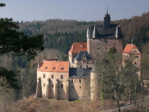 Burg an der Talsperre Kriebestein